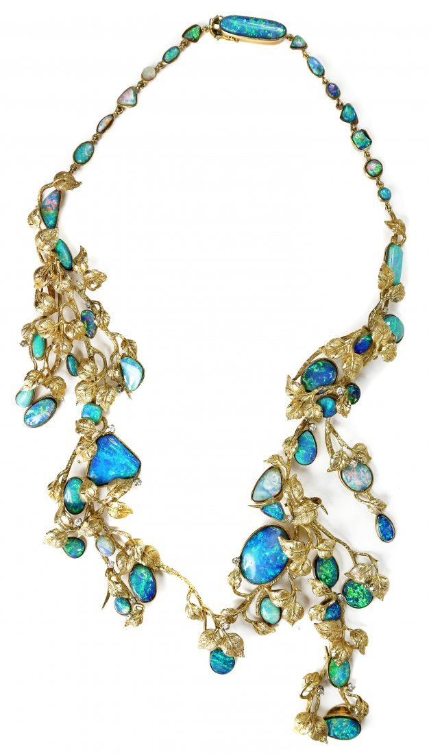 14 KARAT Gold AND OPAL NECKLACE