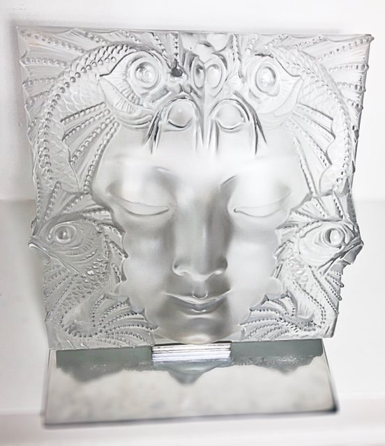 """LALIQUE FRANCE, 20TH CENTURY RARE AND LARGE """"MASQUE"""""""