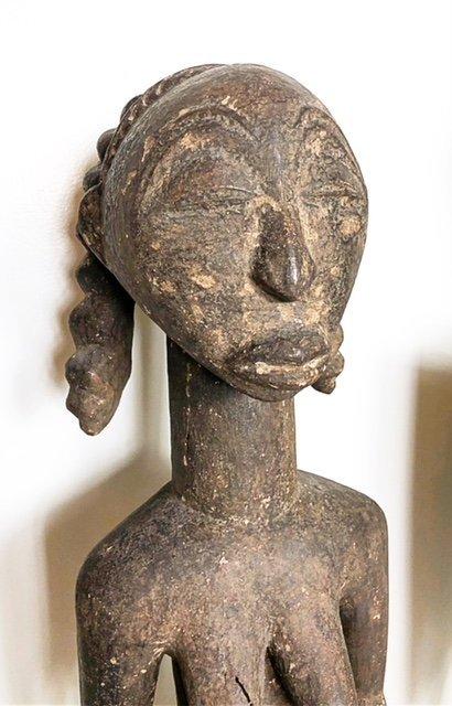 AFRICAN WOOD FEMALE FIGURE & A ZOOMORPHIC IBIS - 4