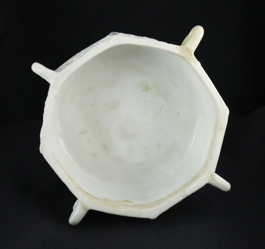 BLANC-DE-CHINE `MARCO POLO' OCTAGONAL CENSER, CHINESE - 3