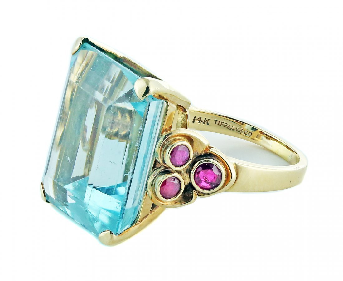 TIFFANY & CO. AQUAMARINE AND RUBY RING