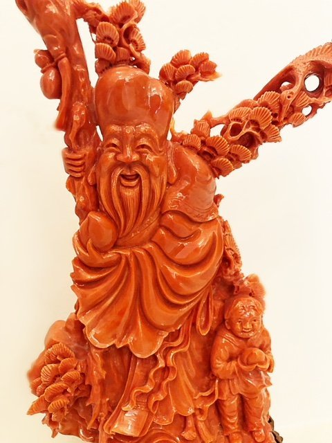 FINE CHINESE  CARVED CORAL FIGURE - 2