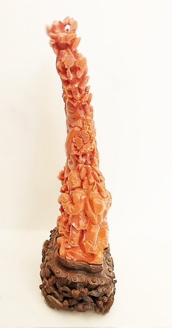 FINE CHINESE  CARVED CORAL FIGURE - 5