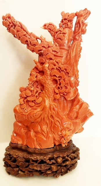 FINE CHINESE  CARVED CORAL FIGURE - 6