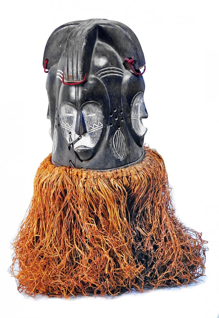 STYLE OF FANG PEOPLE EQUATORIAL GUINEA