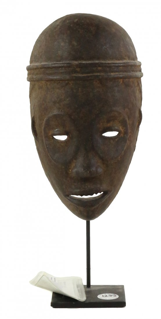 STYLE OF CEREMONIAL DANCE MASK CARVED WOOD
