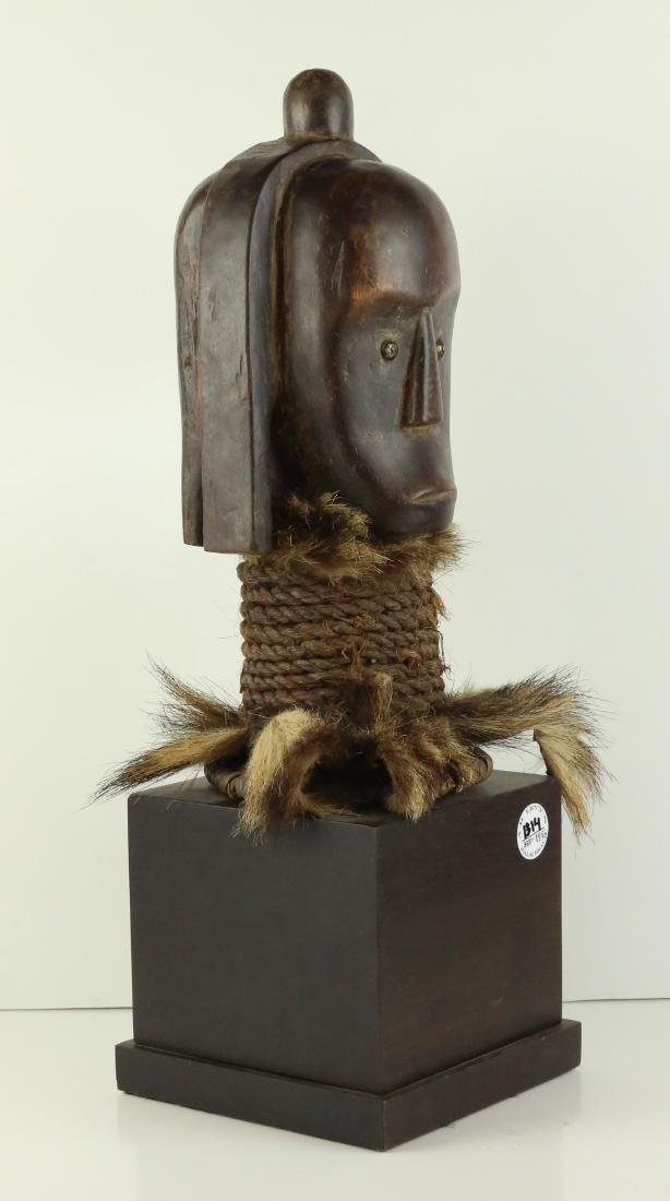 STYLE OF MALE ANCESTRAL TOTEM HEAD - CARVED WOOD