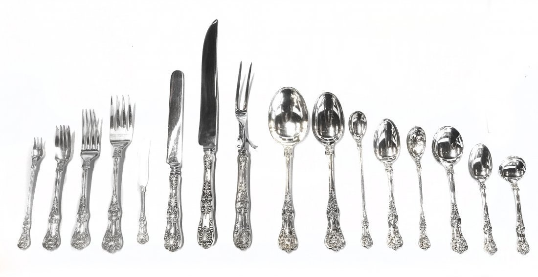 TIFFANY & CO. STERLING SILVER \'ENGLISH KING\' FLATWARE