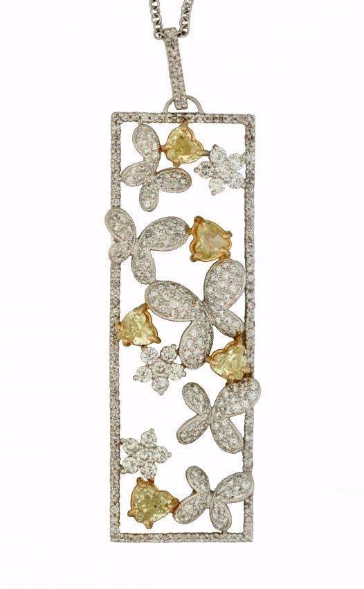 18kt White Gold Diamond and Diamond Pendant Necklace