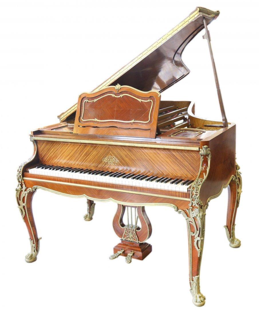 Francois Linke (1855-1946) A VERY FINE GRAND PIANO