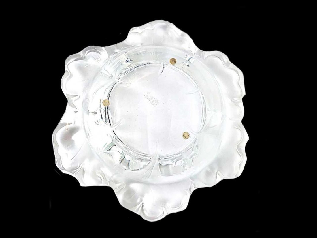 LALIQUE FROSTED GLASS CAPUCINES/FOLIATE SHAPED BOWL - 3