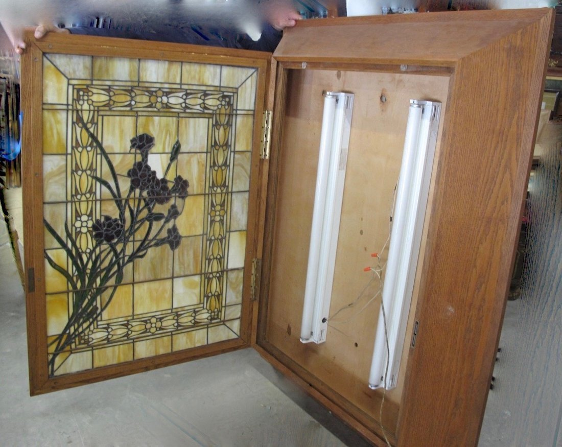 AMERICAN LEADED AND STAINED GLASS WINDOW BOX - 7