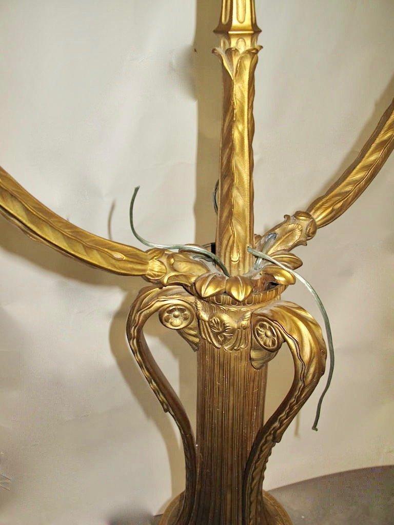 A alarge gilt bronze torchère - 7