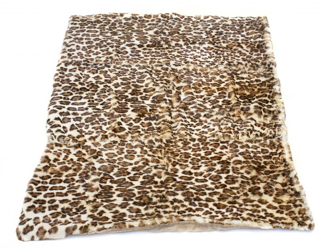 LEOPARDSKIN THROW