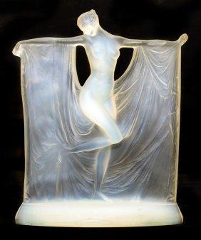 """RENE LALIQUE OPALESCENT GLASS """"SUZANNE"""" (CIRCA 1925)"""