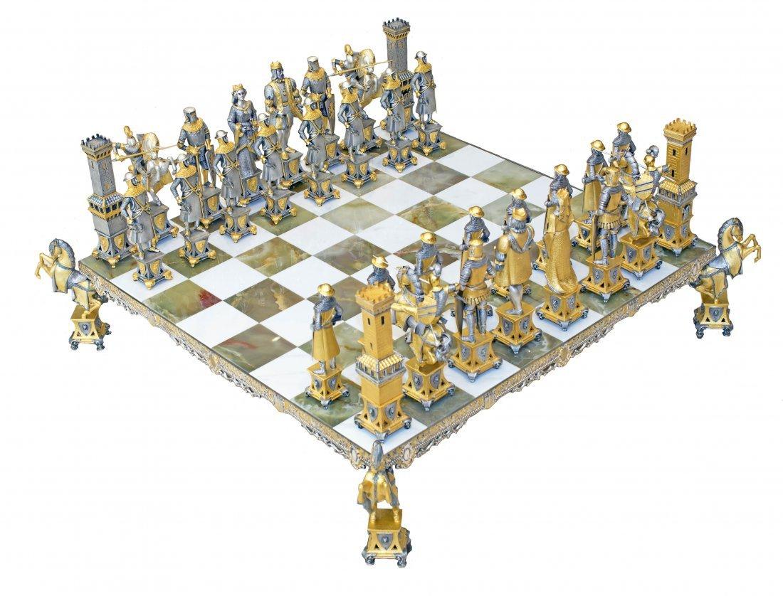 PALACE SIZE SUN KING CHESS SET BY PIERO BENZONI