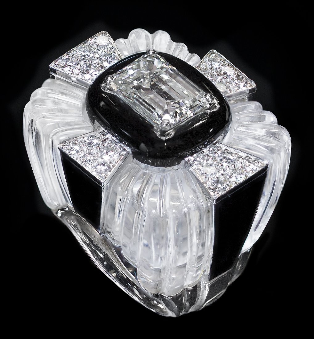 FINE DAVID WEBB PLATINUM, DIAMOND AND ROCK CRYSTAL RING