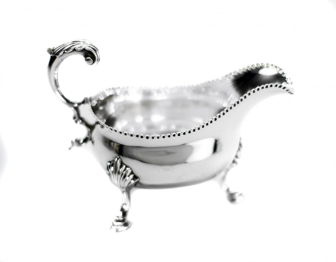 ENGLISH GEORGE IV SILVER SAUCE BOAT