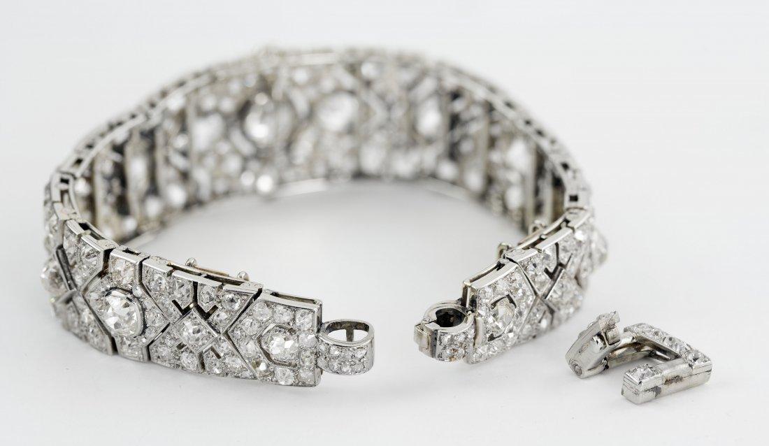 IMPORTANT CARTIER DIAMOND BRACELET - 6