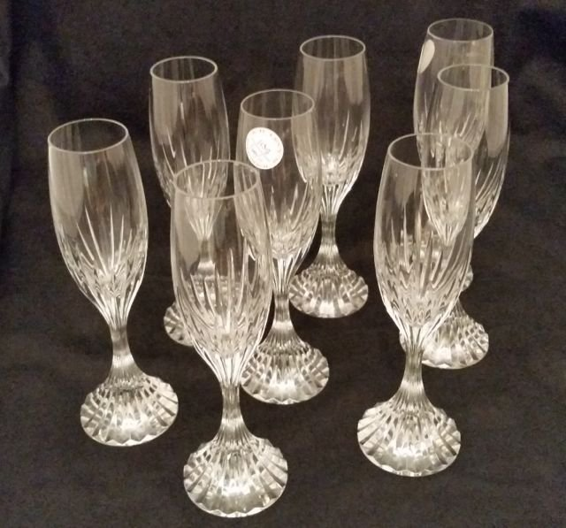 SET OF EIGHT BACCARAT CHAMPAGNES