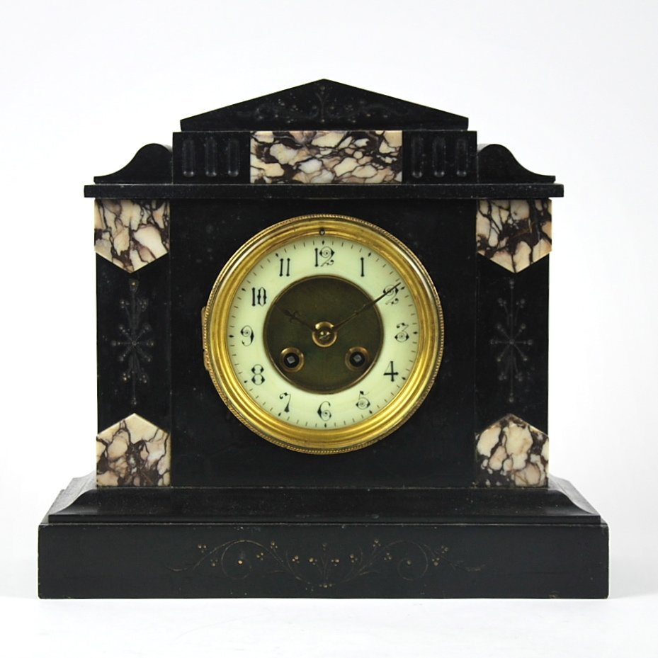 BLACK MARBLE SHELF CLOCK, CIRCA 1900