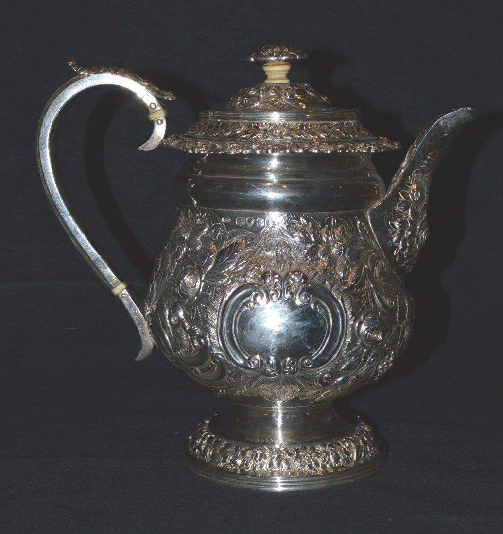 ENGLISH SILVER TEA POT LONDON 1822-23