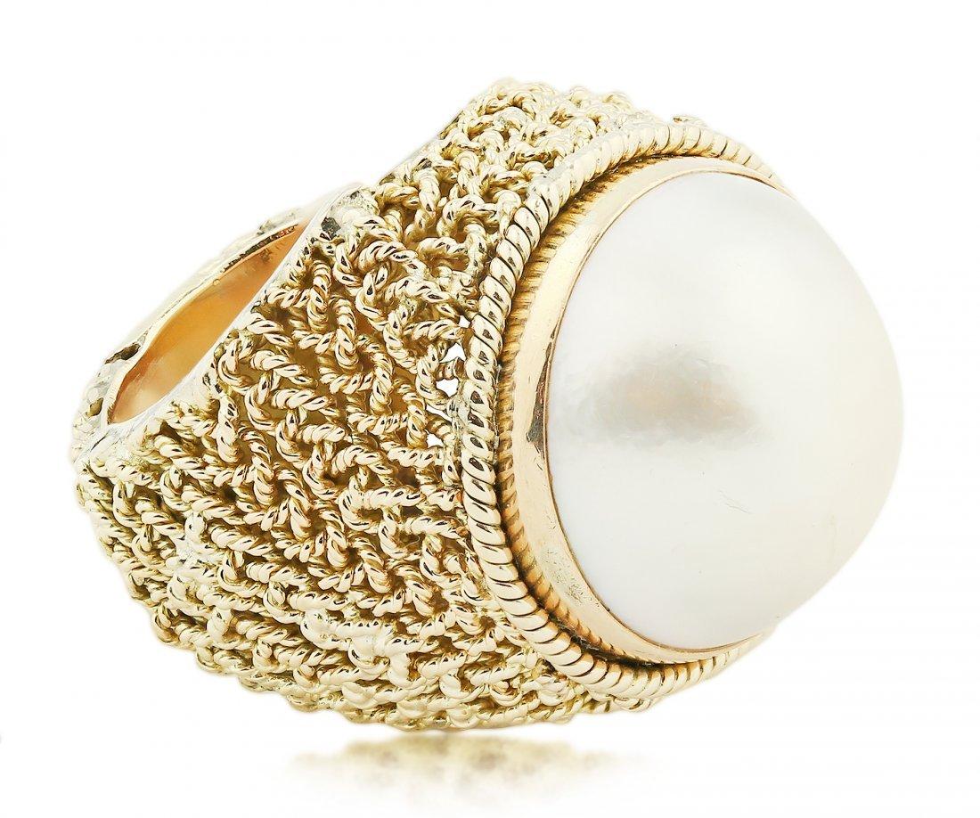 18 Karat Gold Mabe Pearl Ring