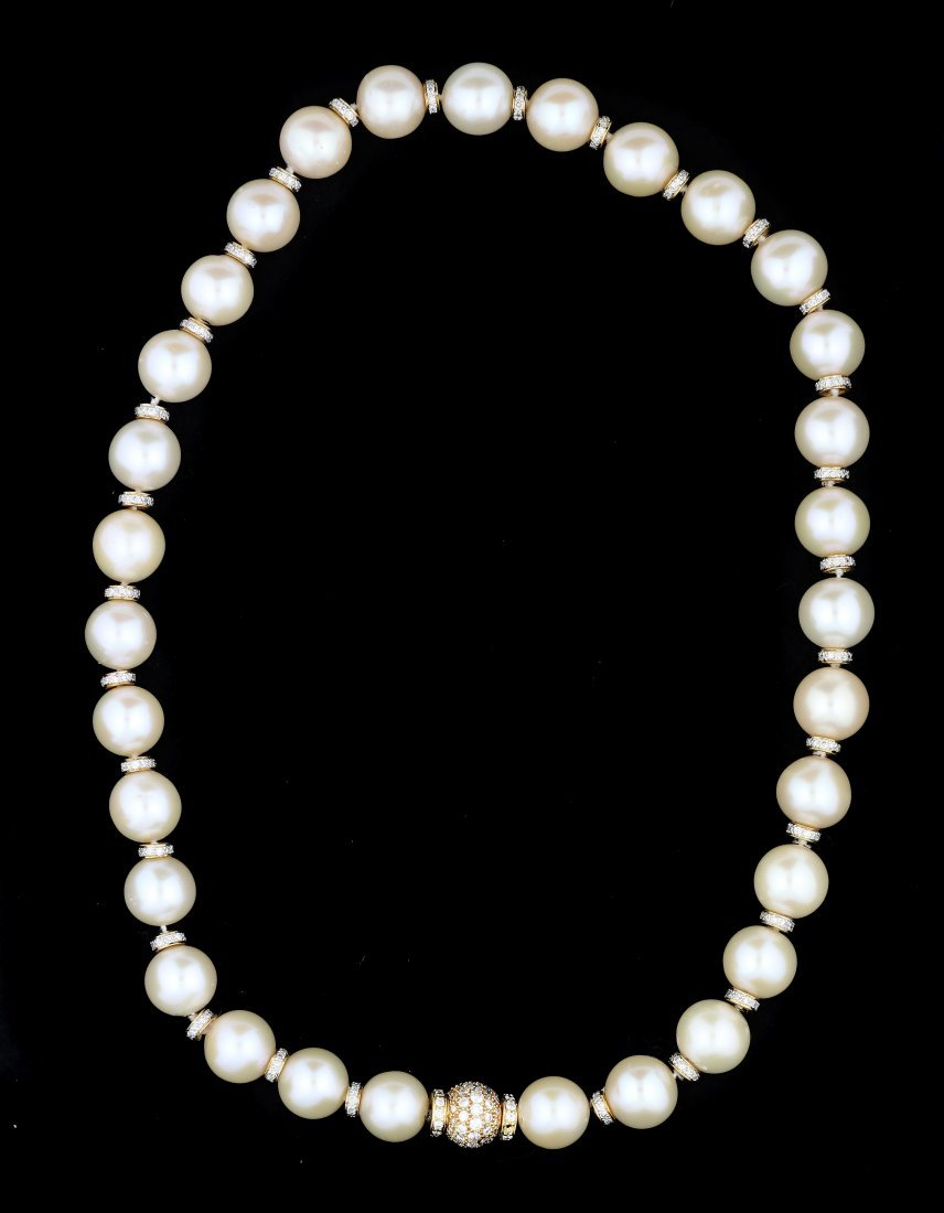 CELLINI 18KT GOLD , CULTURED PEARL AND DIAMOND NECKLACE