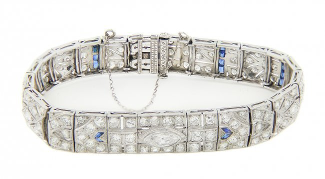 VERY FINE PLATINUM AND DIAMOND BRACELET