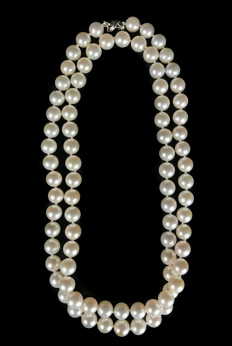 TIFFANY & CO. , CULTURED PEARL NECKLACE