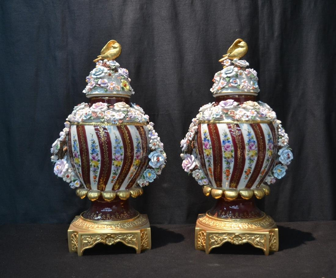 (Pr) DRESDEN STYLE POTPOURI URNS WITH ENCRUSTED