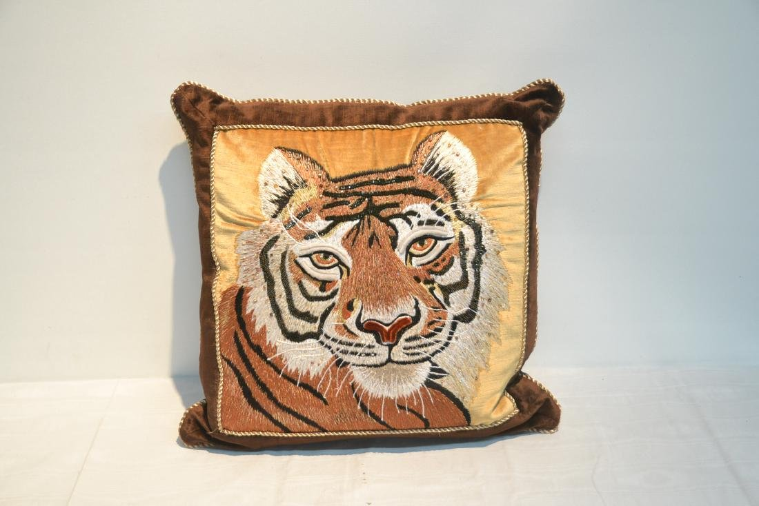 JAY STRONGWATER NATURAL COLOR VELVET TIGER PILLOW - 2