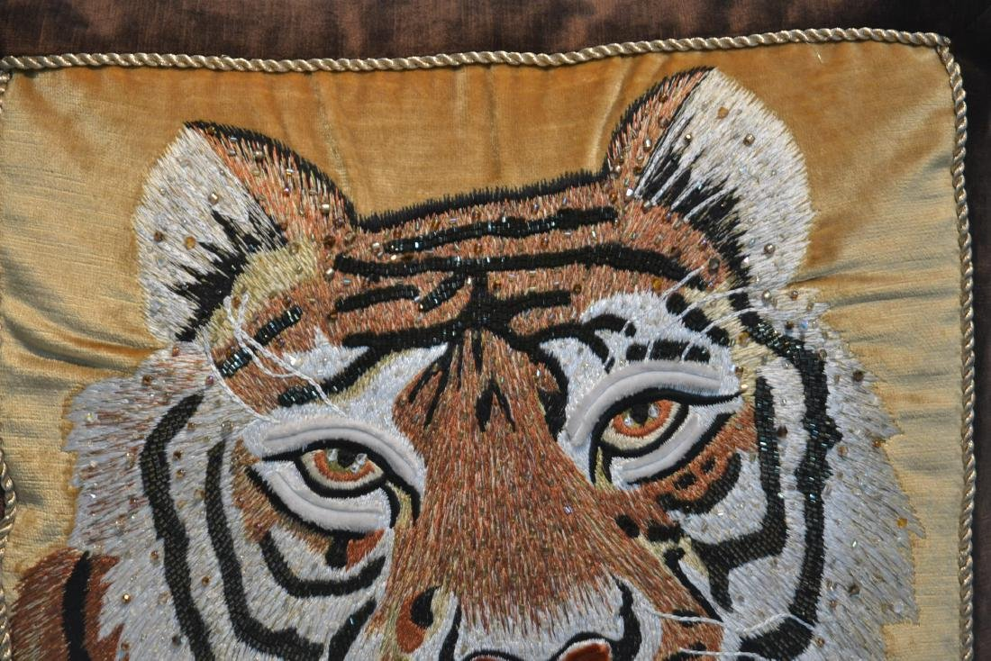 JAY STRONGWATER NATURAL COLOR VELVET TIGER PILLOW - 3