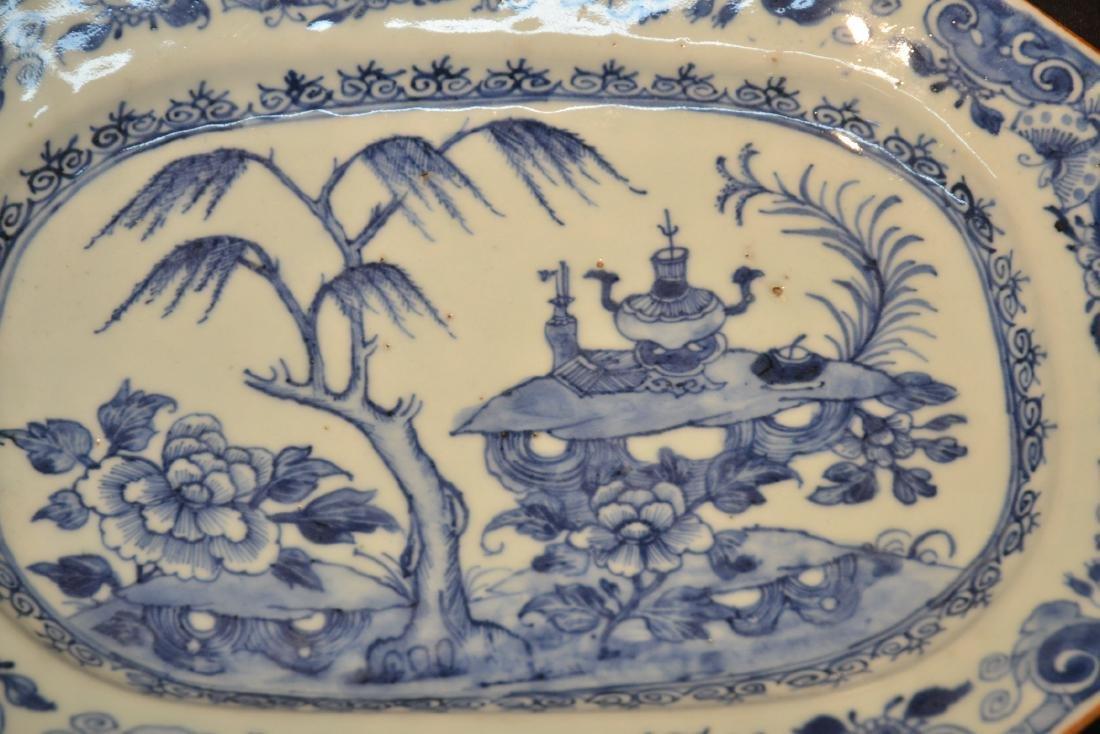 19thC CHINESE EXPORT BLUE & WHITE PLATTER - 2