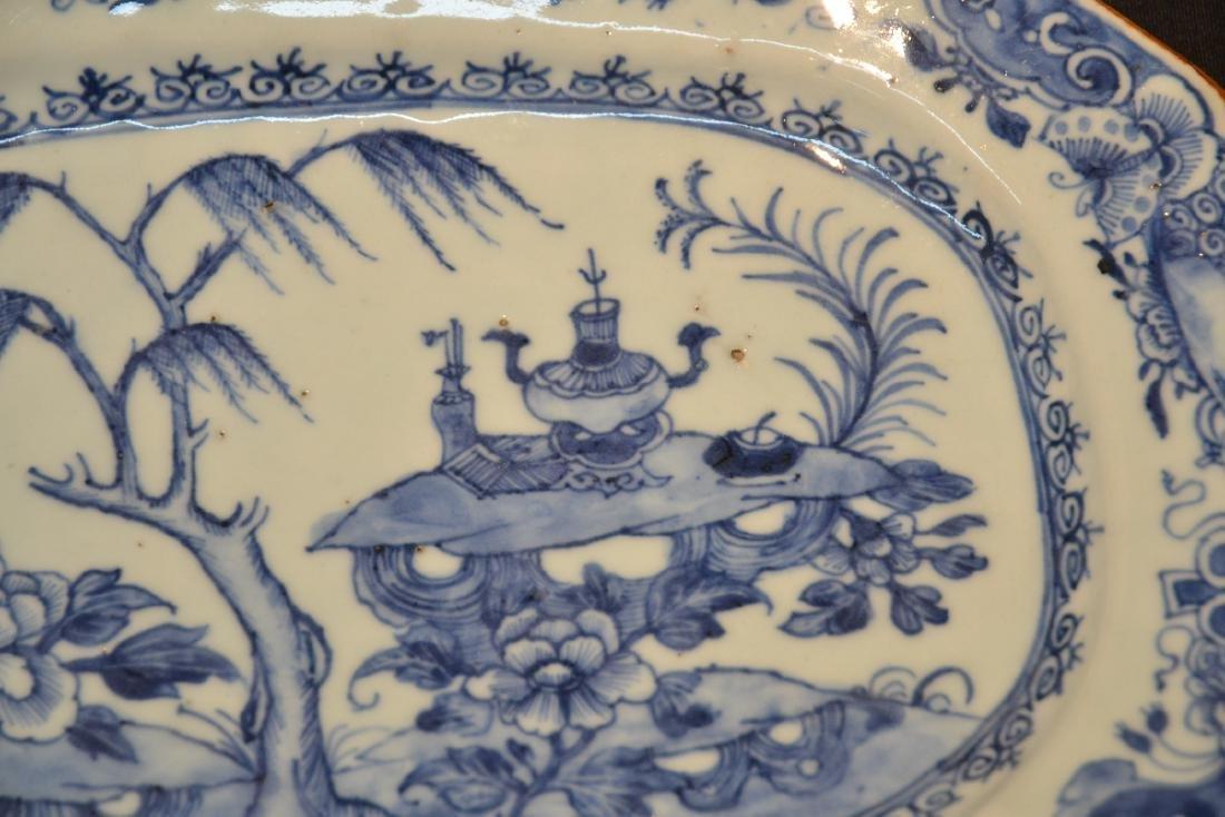 19thC CHINESE EXPORT BLUE & WHITE PLATTER - 3