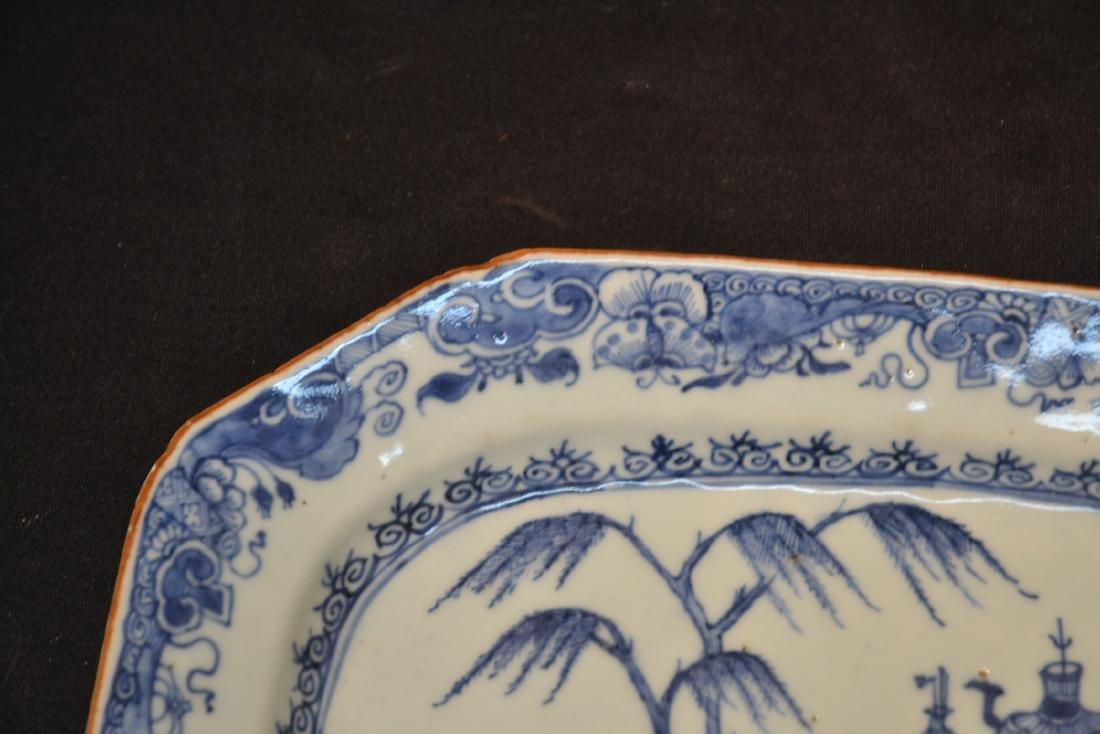 19thC CHINESE EXPORT BLUE & WHITE PLATTER - 4