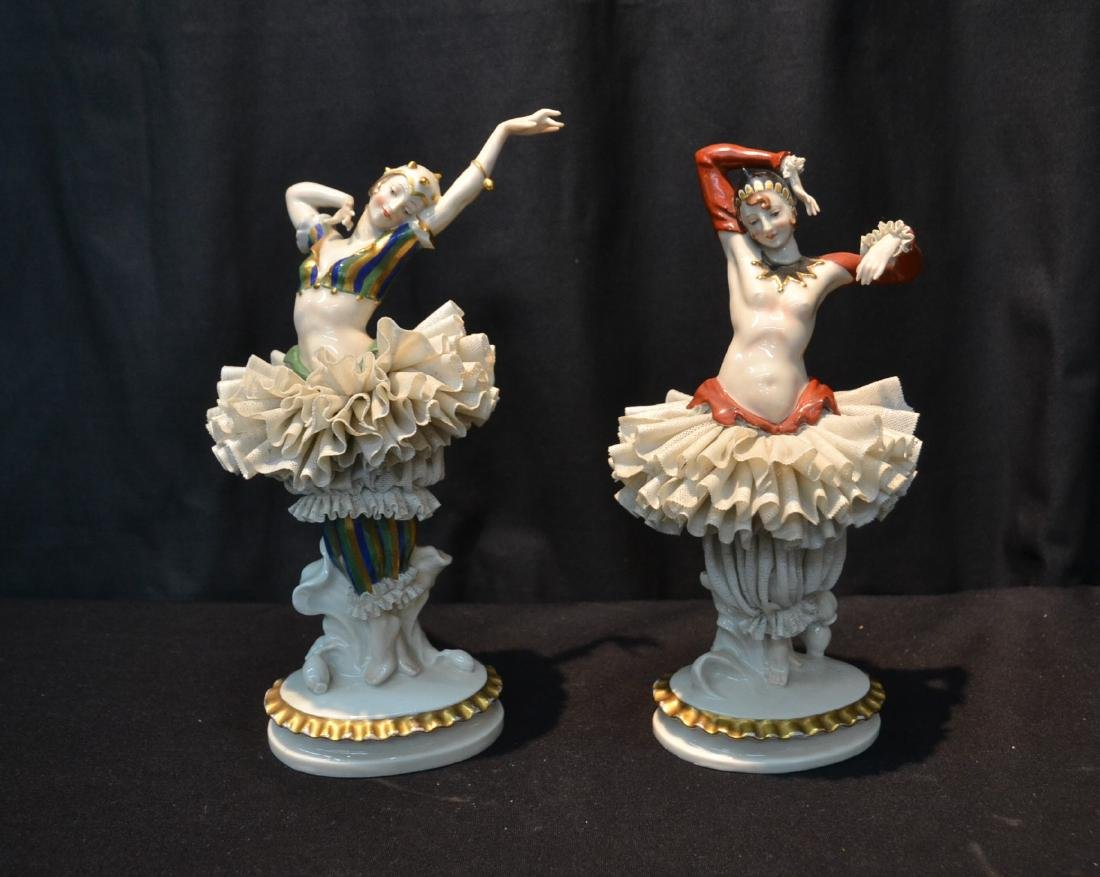 (Pr) FRENCH CAPODIMONTE DANCERS WITH