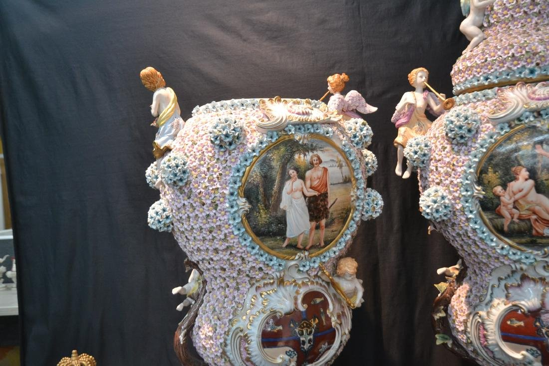(Pr) PALATIAL SIZE COVERED URNS WITH ENCRUSTED - 11