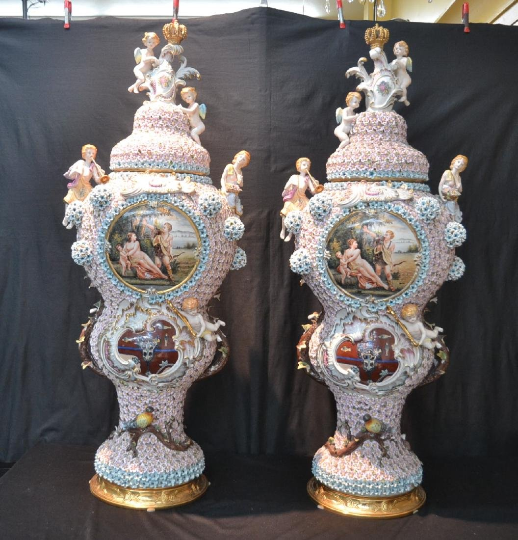 (Pr) PALATIAL SIZE COVERED URNS WITH ENCRUSTED