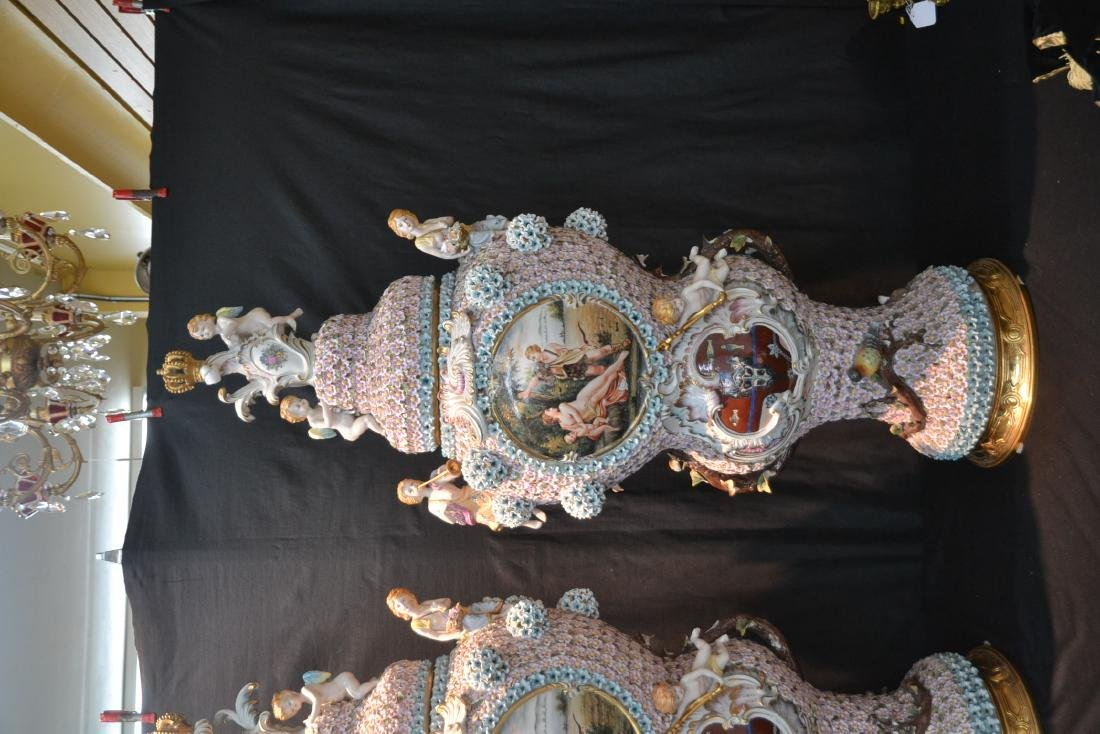 (Pr) PALATIAL SIZE COVERED URNS WITH ENCRUSTED - 2