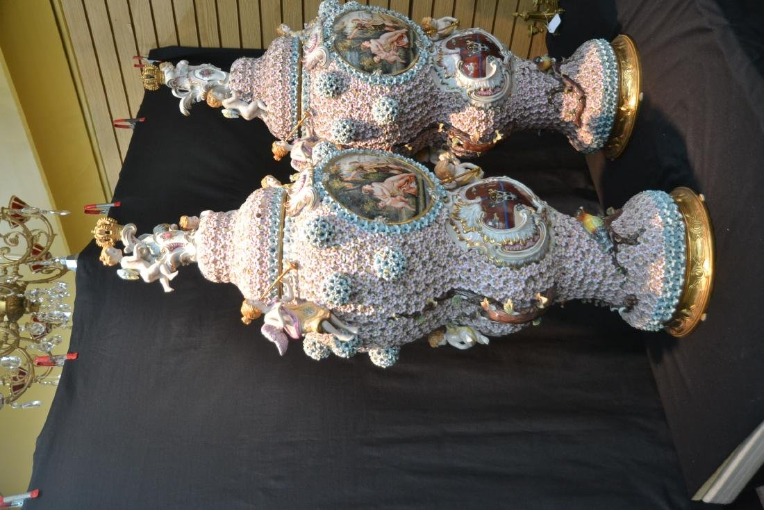 (Pr) PALATIAL SIZE COVERED URNS WITH ENCRUSTED - 6