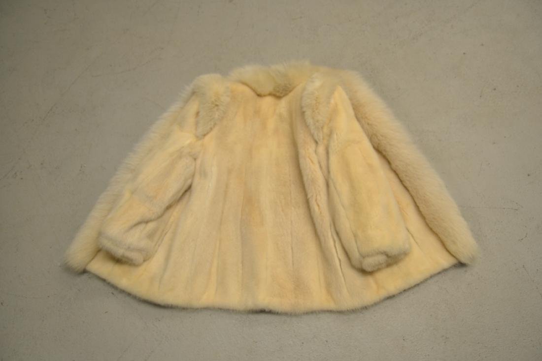 WHITE MINK JACKET ; APPROX. SIZE SMALL - 6