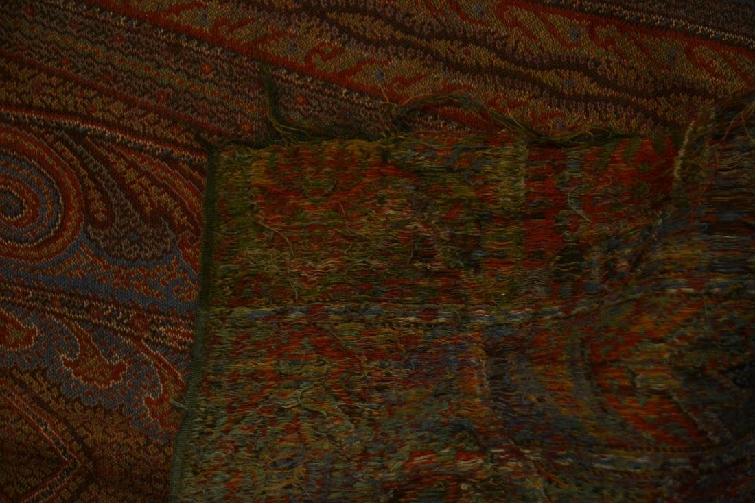 COLORFUL PAISLEY - 5' x 11' - 10