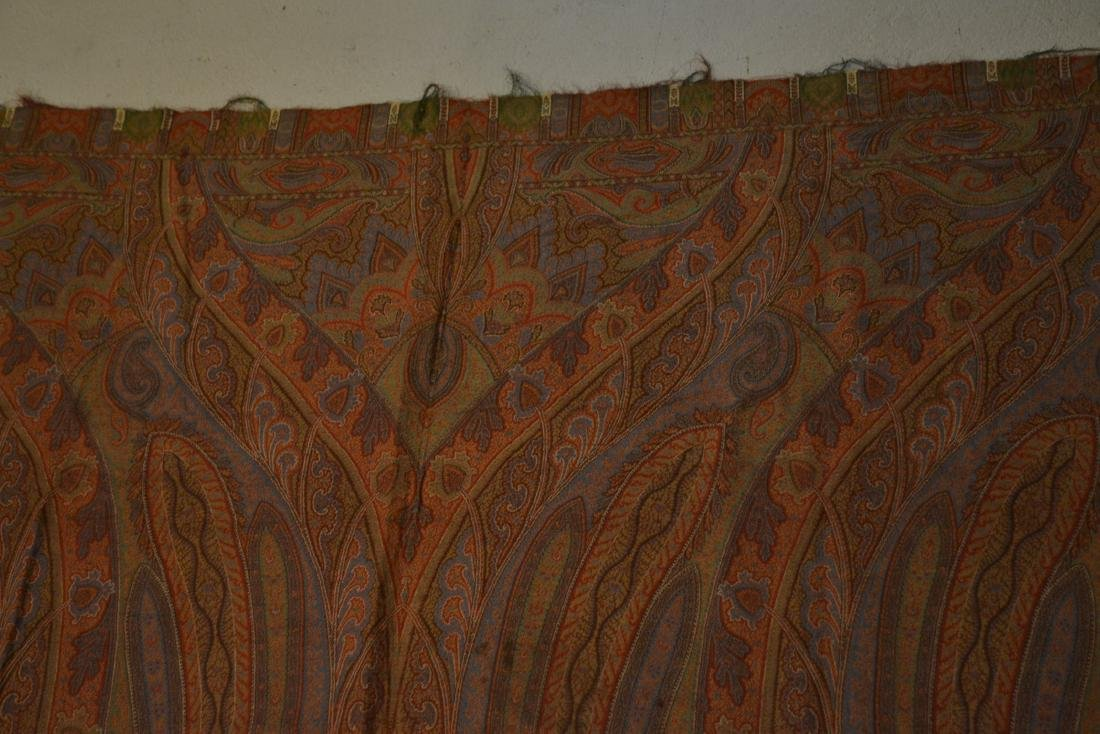COLORFUL PAISLEY - 5' x 11' - 8