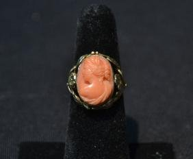 10kt GOLD & CORAL RING - SIZE 5 3/4 ; 4.9grams