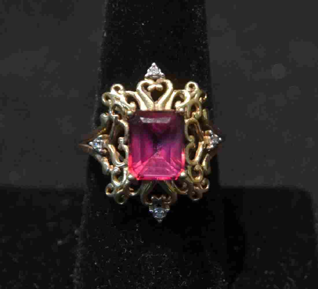 14kt PINK STONE RING WITH (4) DIAMONDS