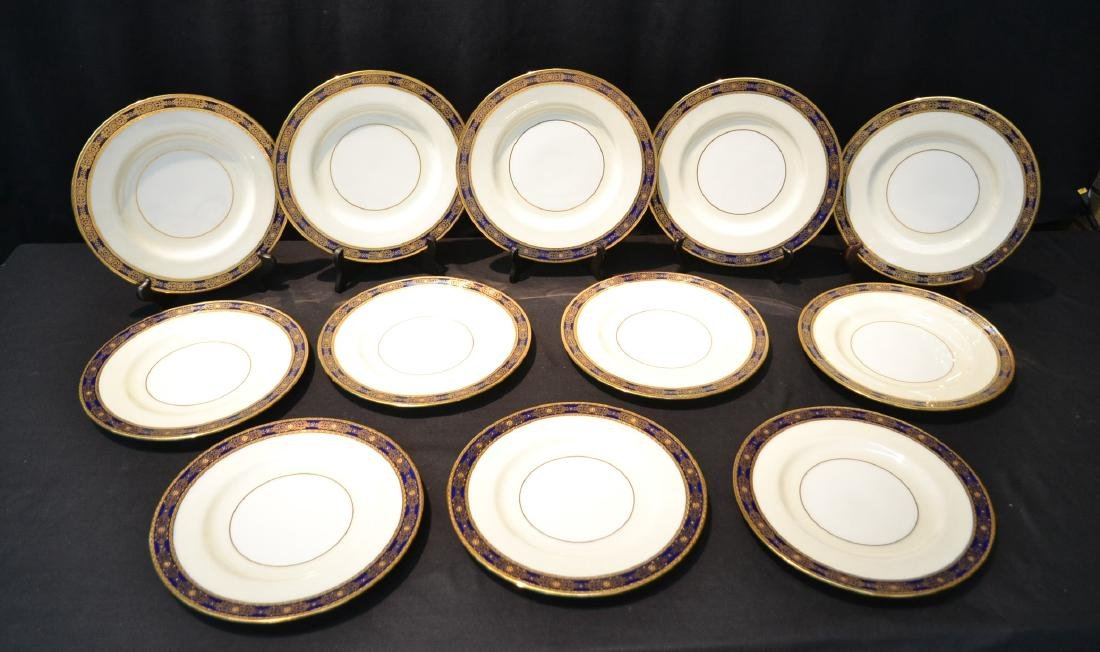 (12) MINTON TIFFANY & Co. DINNER SERVICE PLATES