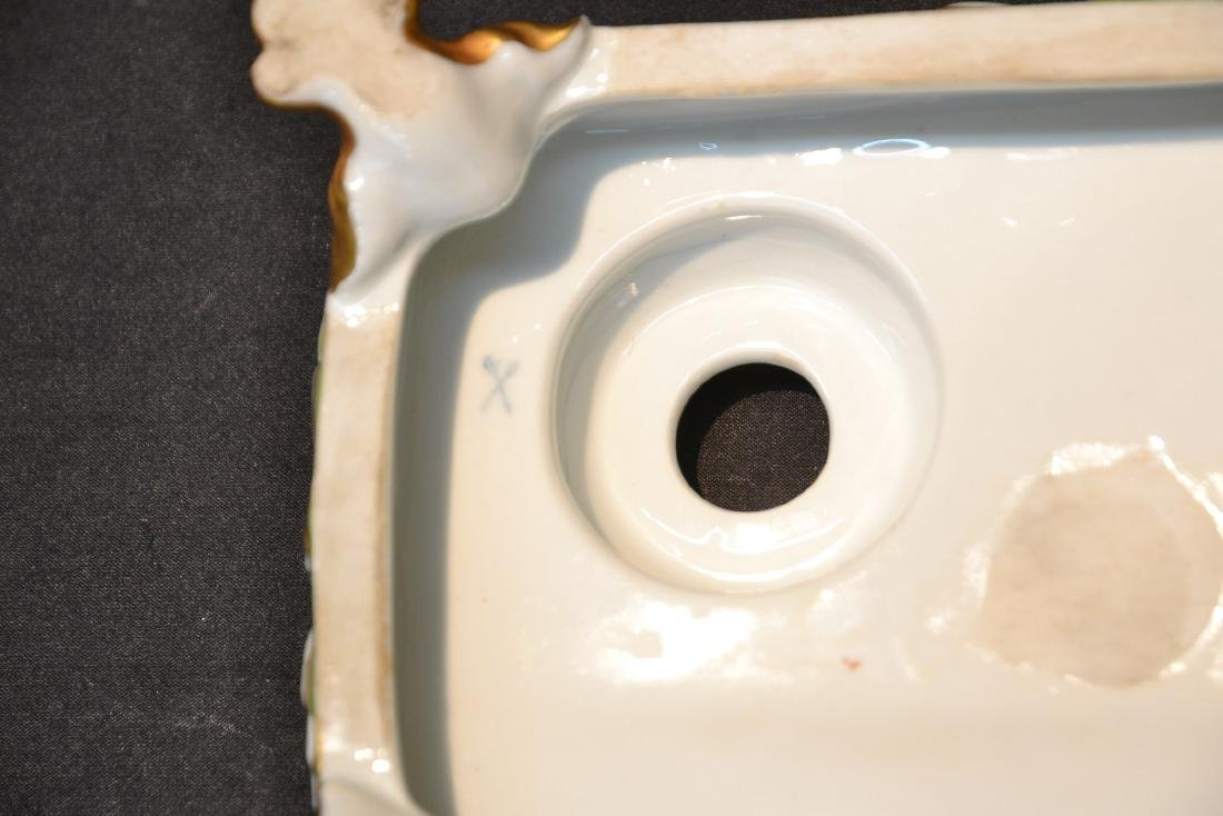 PORCELAIN DOUBLE INKWELL WITH CLAW FEET - 10