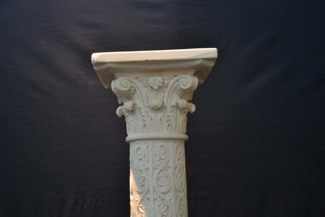 CONTEMPORARY RESIN PEDESTAL WITH CLASSICAL - 4