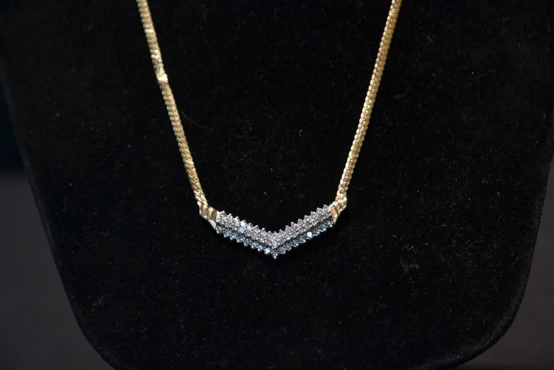 14kt GOLD NECKLACE WITH 3 ROWS OF DIAMONDS - 3